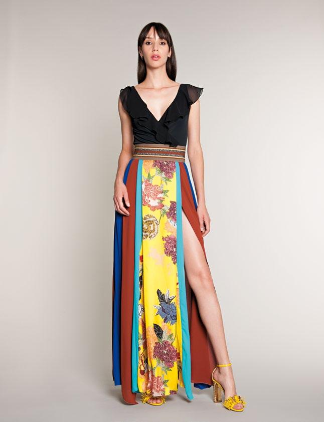 c6bc7f8165bb La collezione Hanita per la primavera-estate 2018 presenta abiti che  sembrano usciti dalla tavolozza di un pittore